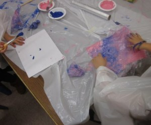 painting with cling wrap